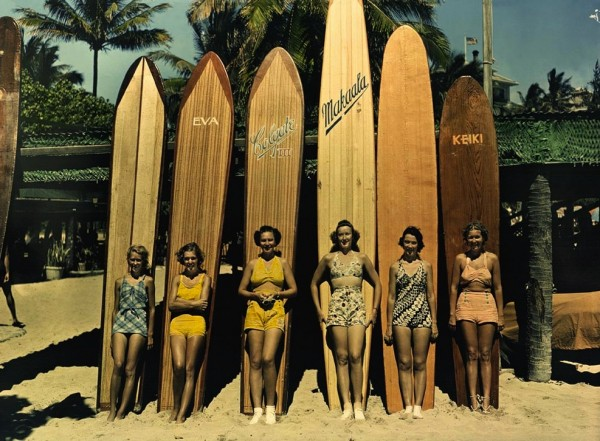 waikiki-surf-boards-vintage-497486-600x441